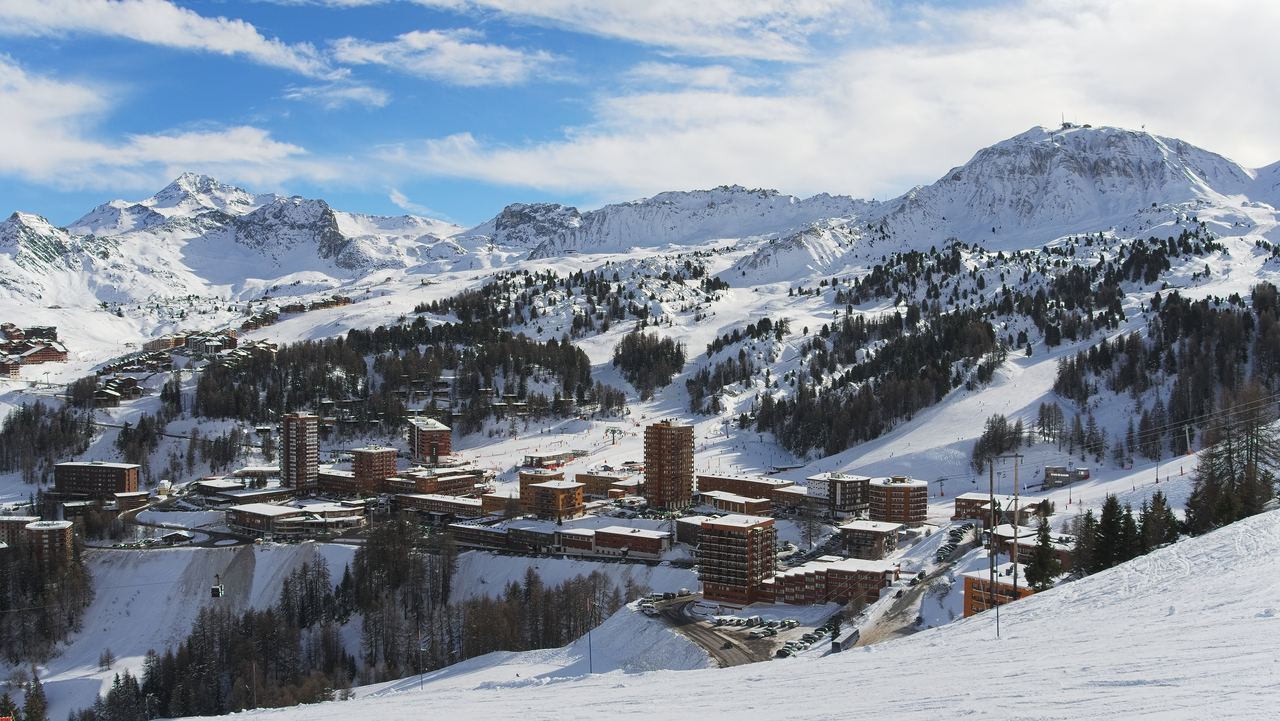 Ski Guide: La Plagne, France