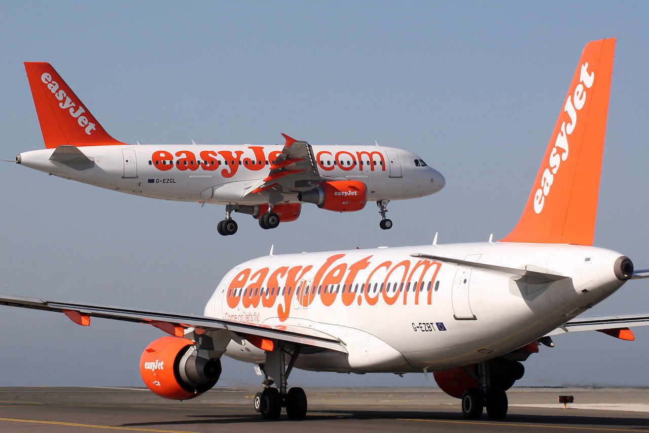 You are currently viewing After 11 weeks of being grounded, the first easyJet flight took off today