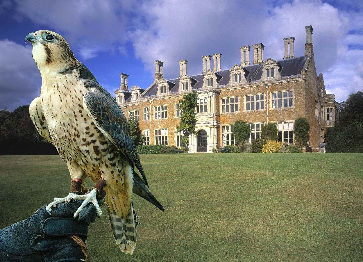 You are currently viewing The stately homes of Northamptonshire