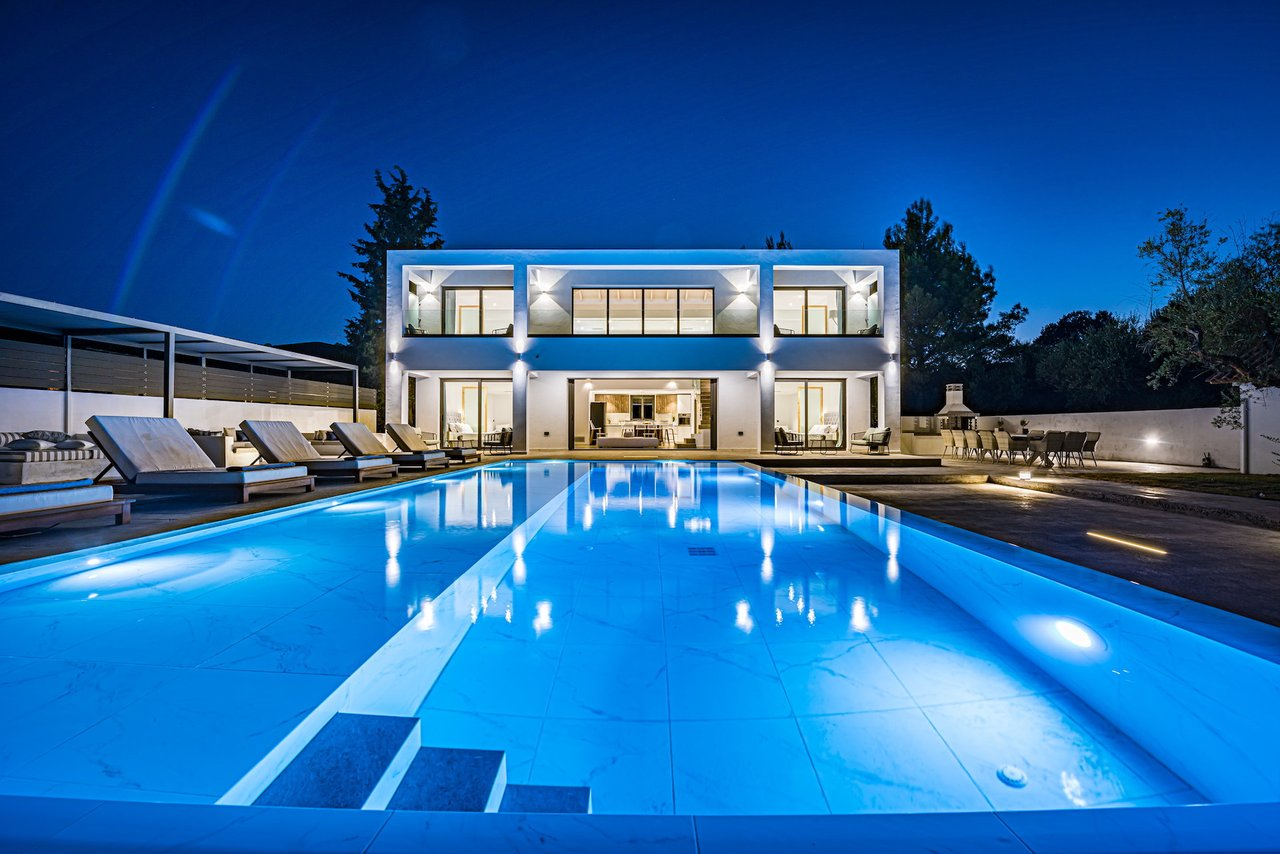 You are currently viewing Divine Luxury Villa in Zakynthos, Greece