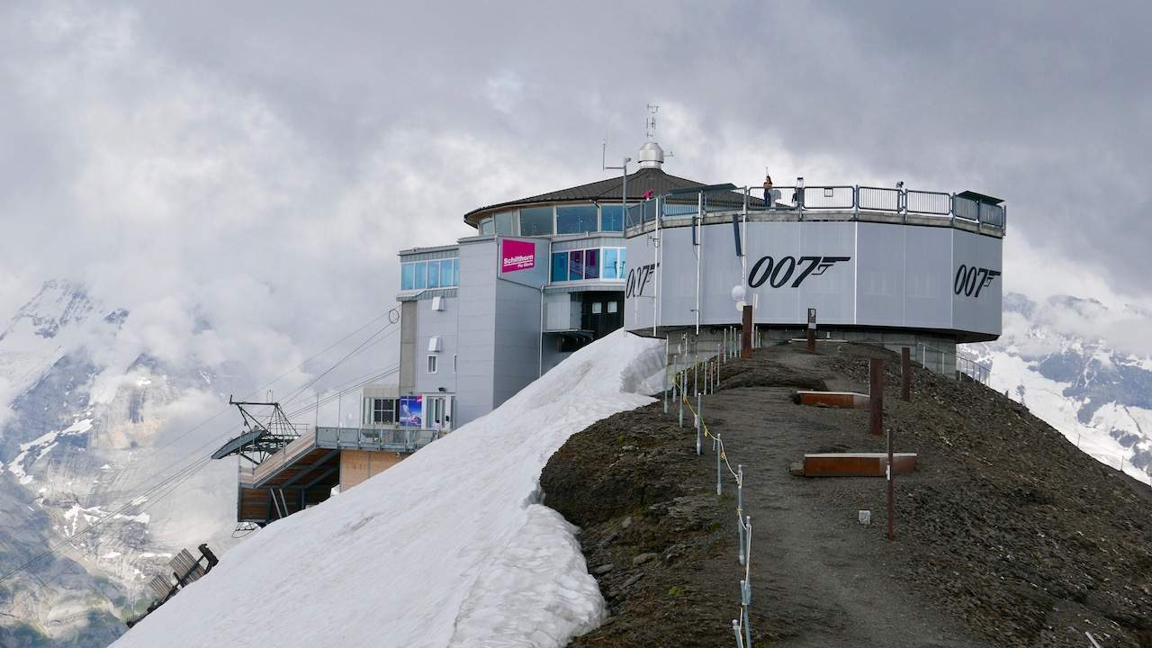 You are currently viewing Licence to chill in Schilthorn, Switzerland