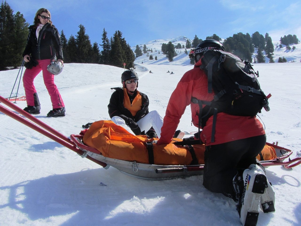 You are currently viewing Can I get travel insurance that will cover me for ski and Covid if I travel against FCO advice?