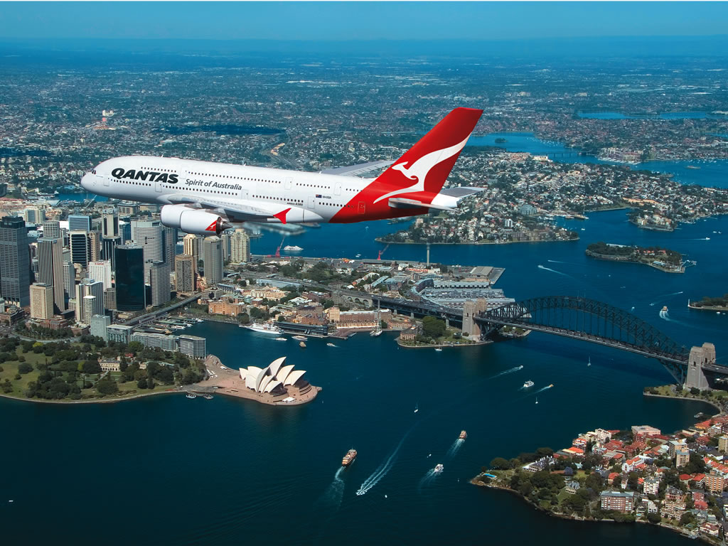 You are currently viewing Qantas say international flyers must have a Covid-19 vaccine