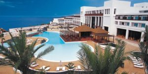 The Canary Islands agree to rapid Covid-19 antigen test for holidaymakers