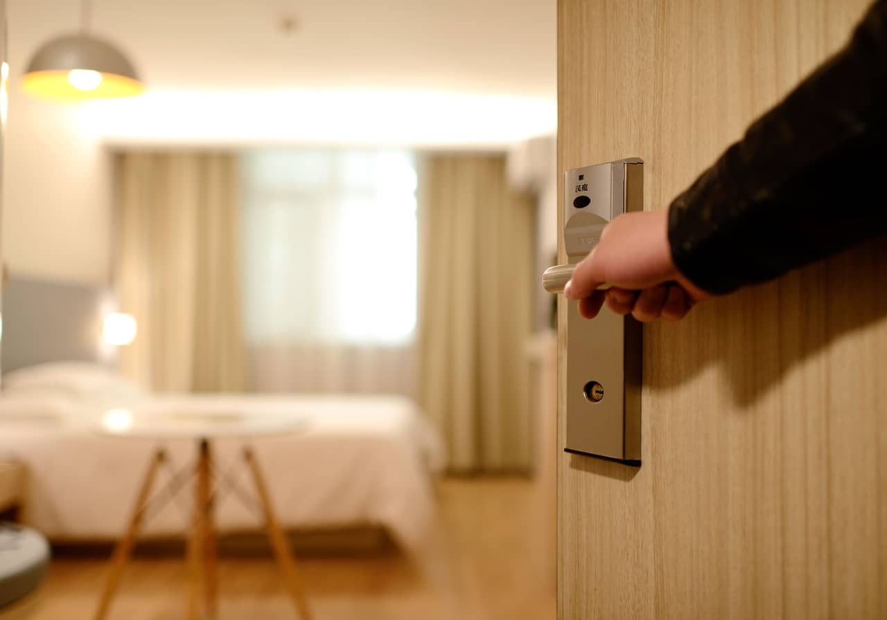 Travellers to self-isolate before going home