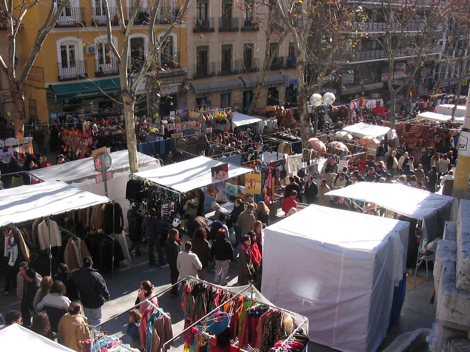 El Rastro: The Most Popular Sunday Flea Market in Madrid