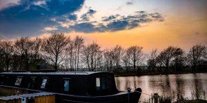 Accommodation Review: Blackbird houseboat, Devon, England