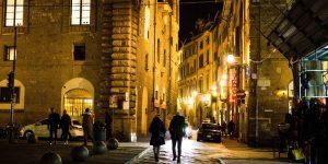 Florence bans evening walks after 9pm